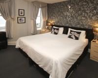 Room 3, 1st floor, superking bed, sea view