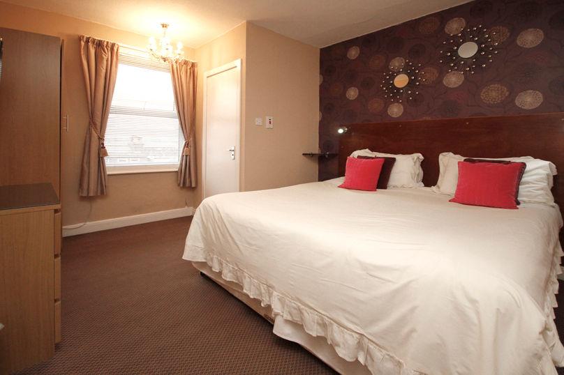 20151016_1021 Room 09 808x538px